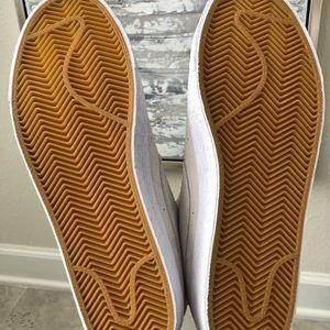 Nike Shoes - NWOB Nike SB Zoom Blazer Mid Decon - Size 9.5 Men